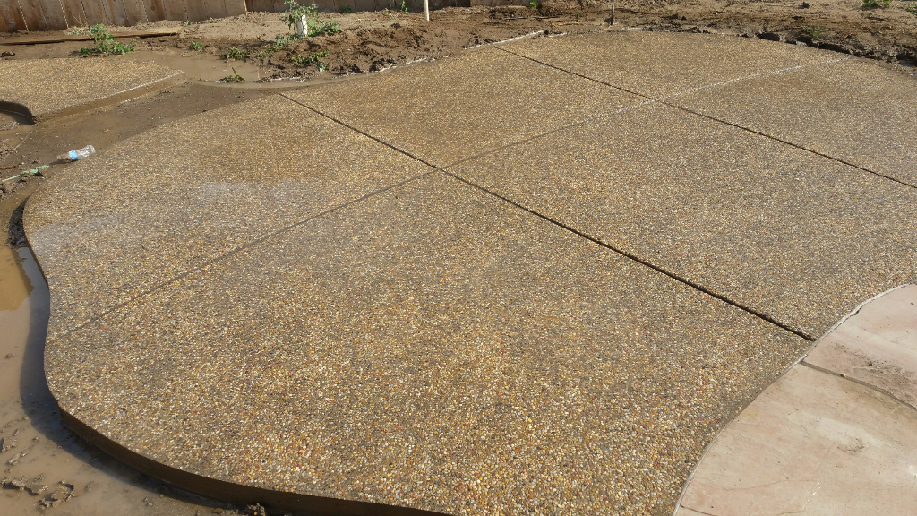 this image shows flagstone patio by livermore concrete masonry