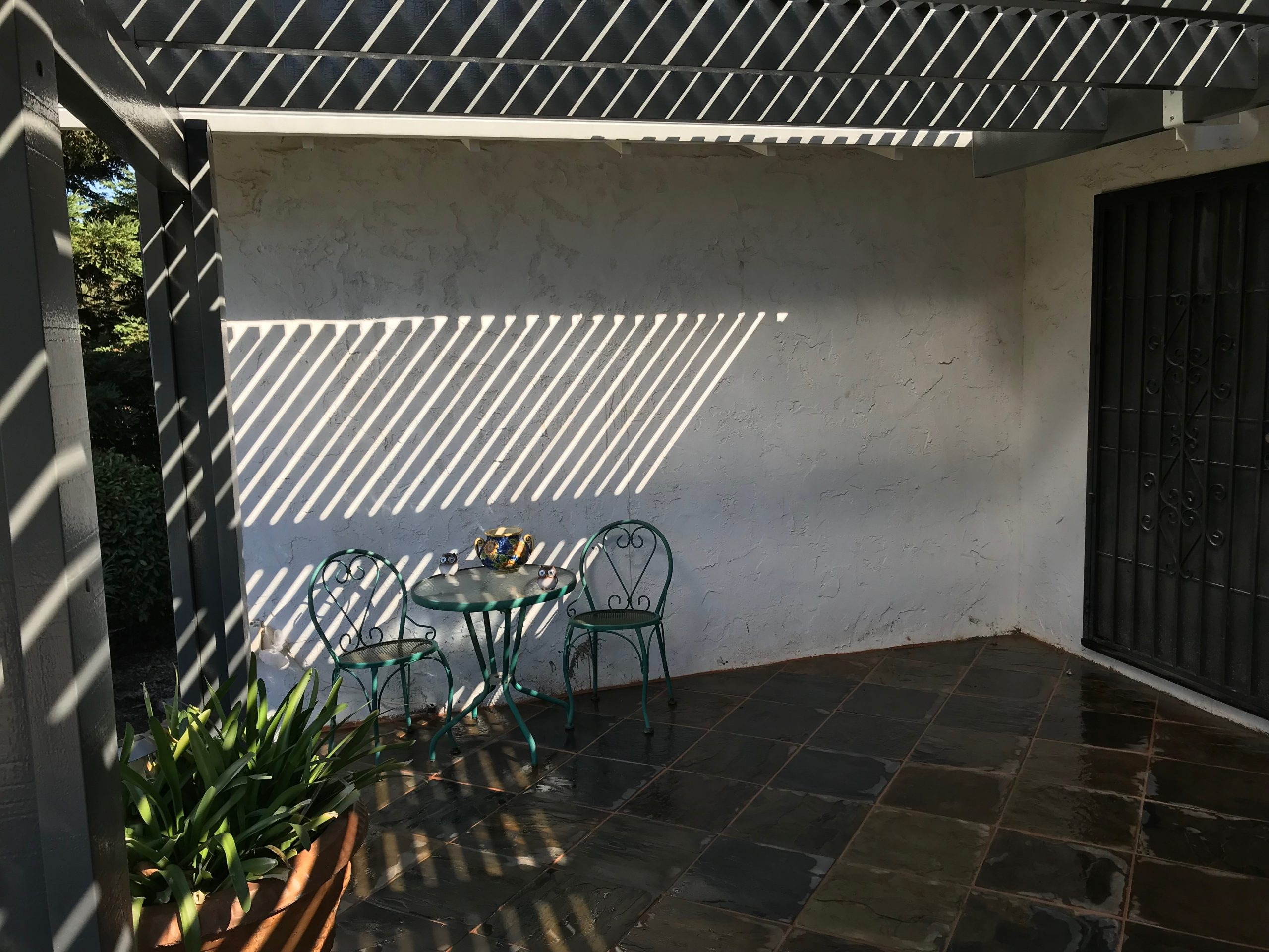 An image of finished concrete wall work in Livermore, CA.