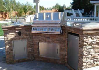 Livermore-barbecue-counter
