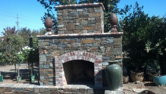 Livermore-outdoor-fireplace